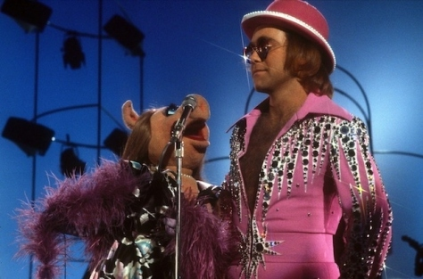 elton john and miss piggy