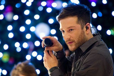 image-5-for-matt-cardle-mania-x-factor-winner-mobbed-at-shopping-centre-gig-gallery-139054950.jpg